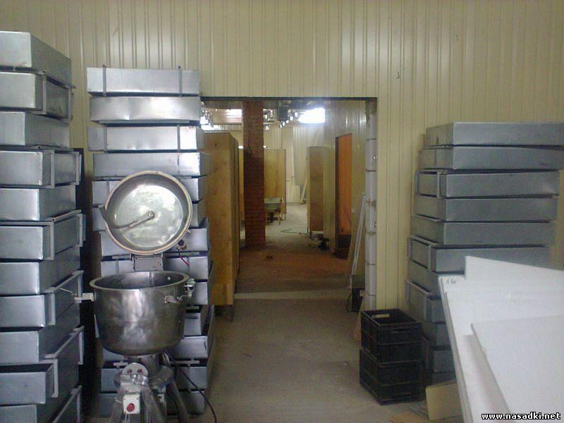 Монтаж оборудования для разведения опарыша