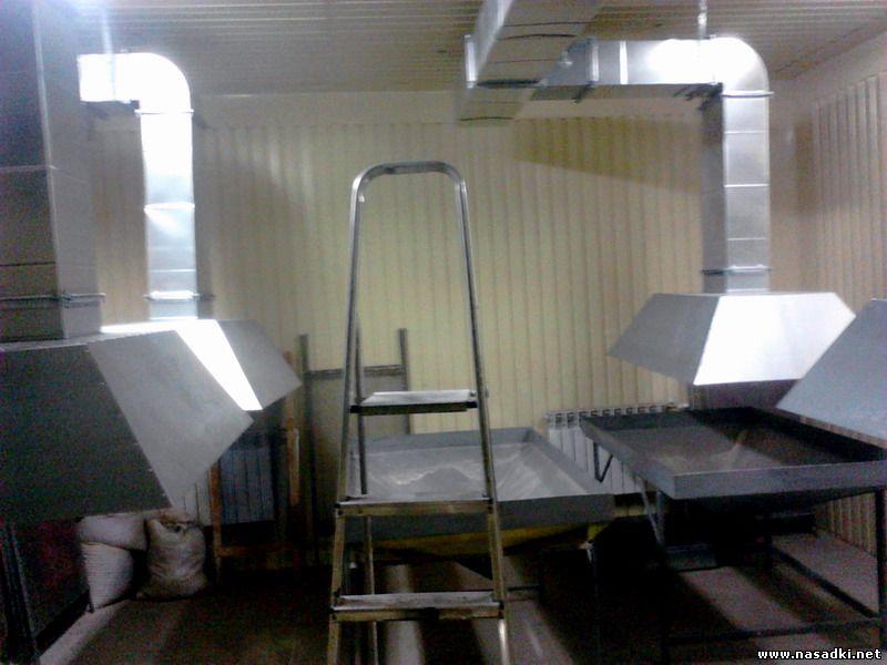 Вентиляция в выгоночной на производстве опарыша